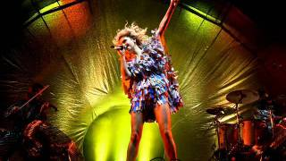 01 Voicething - Goldfrapp Live O2