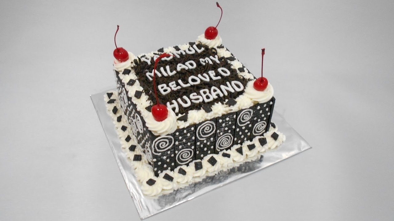 Black forest cake square decorations youtube for Decoration 4 cake