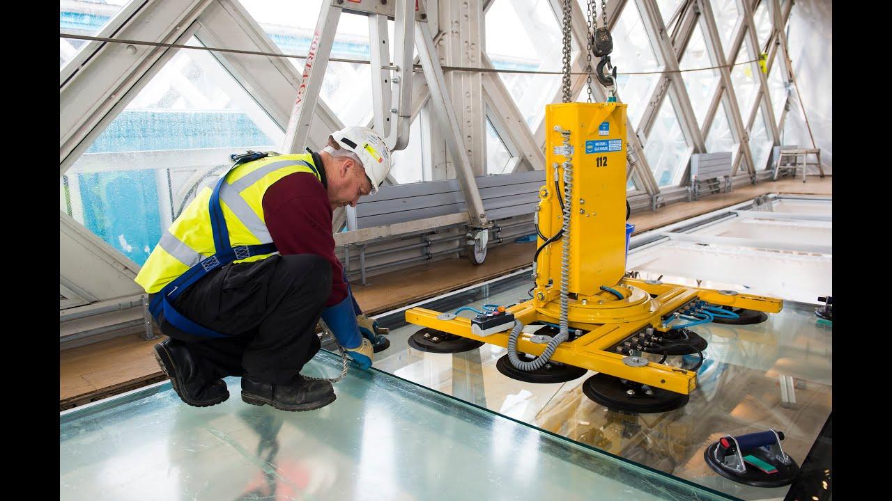 Installing Tower Bridges Glass Floor