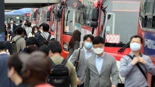 오늘부터 버스·택시 이용 시 마스크 착용 의무화 / 연…