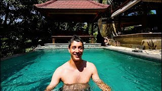 Gambar cover How To Live Like a King in Bali for $100 | AMAZING Villa Tour in the Jungle - Private Pool + MORE
