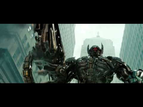 transformers-3-new-trailer-hd-shockwave