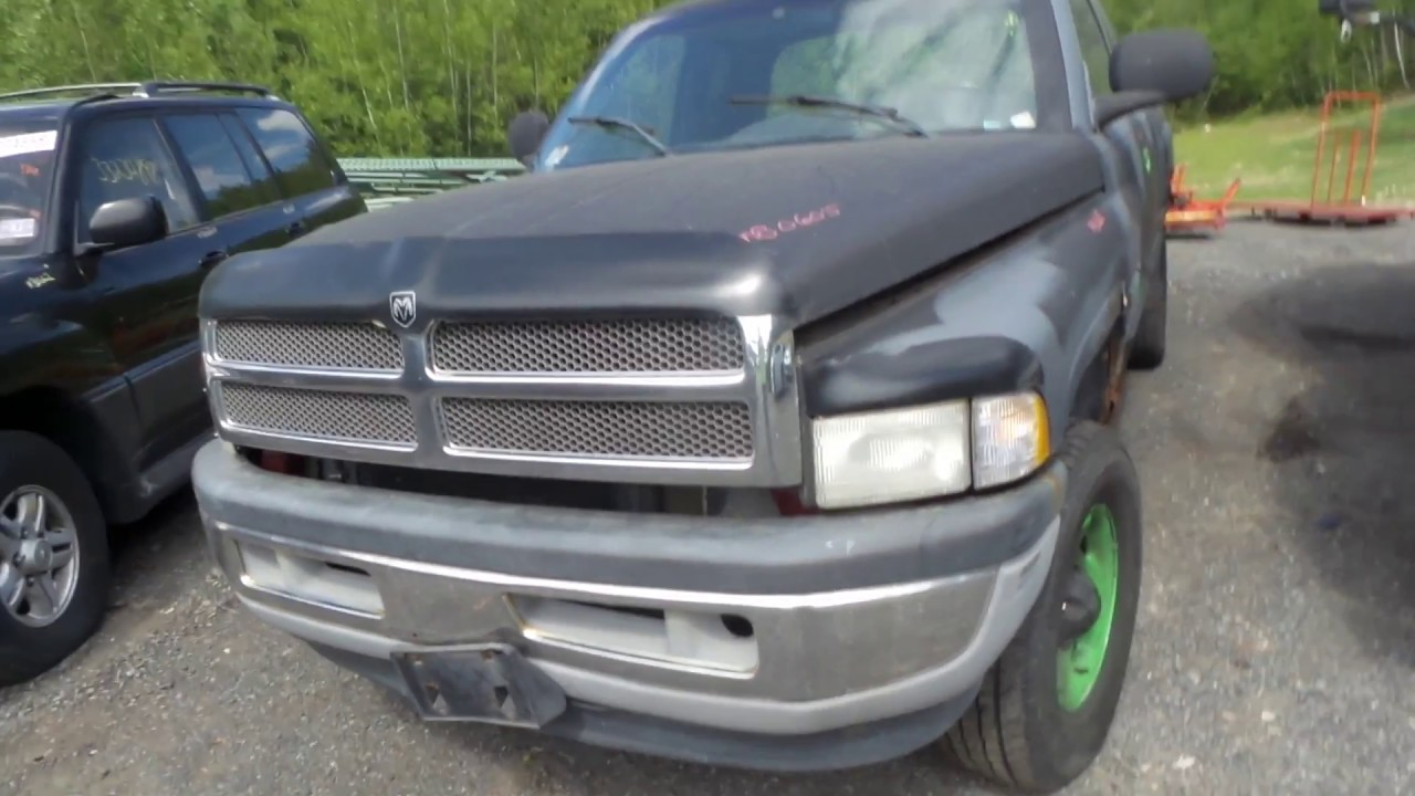 Parting Out 2001 Dodge Ram 1500 | Stock # M80605