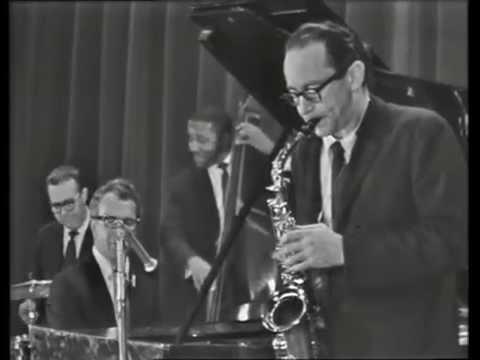 Dave Brubeck Quartet - Live at Newport (Paris) 1965 - Three To Get Ready