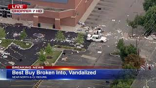 Chicago Looting   Best Buy looted near North, Clybourn in Lincoln Park   ABC7 Chicago