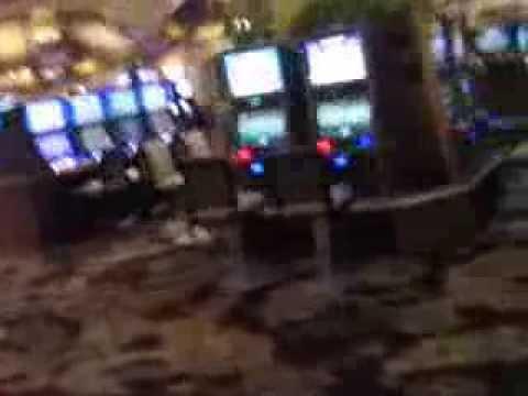 Bellagio Las Vegas  walk to the pokerroom - YouTube