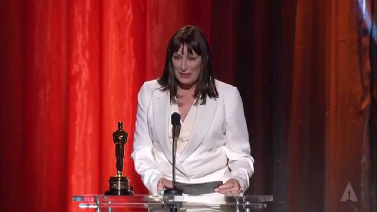 anjelica huston introduces lauren bacall: 2009 governors awards