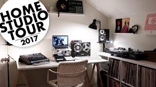 Beatmakers home studio setup.