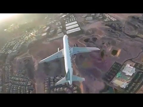 Reckless drone flies ABOVE passenger jet at McCarran Airport