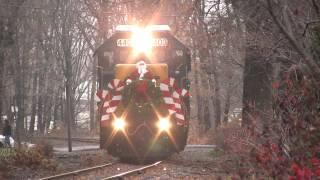 HD: CONRAIL Santa Train w/HORN and more HORN - Jingle Bells Special