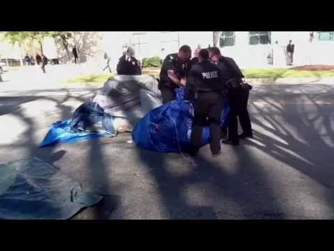 Police bundling up Occupy Charlotte tents