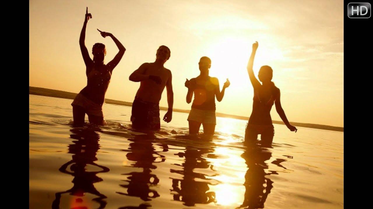 Fiesta en la playa para adultos