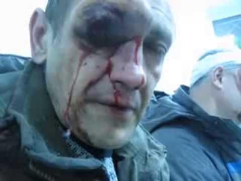 Избитые бендеровцы в Донецке