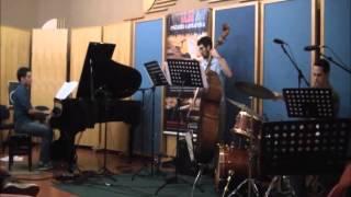 Baixar Murmurando - Tiago Gomes Trio