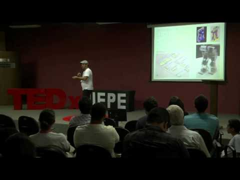 Robotics for everyone: Henrique Foresti at TEDxUFPE