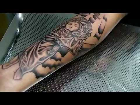 Tatuaje Divino Niño Jesus By Gustavo Tealdi
