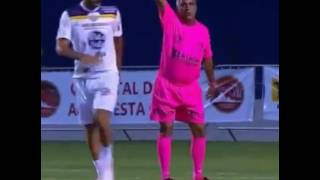 referee gay funny in football make show !!