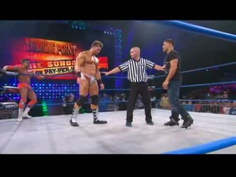 """ronnie-from-mtv's-""""jersey-shore""""-makes-his-wrestling-debut"""