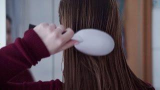Binaural ASMR. Brushing Wet Hair   ASMR-dvent Calendar #3
