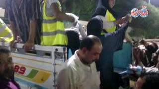 أخبار اليوم | تدافع المواطنون علي سيارة لبيع السكر بـ ترسا الهرم