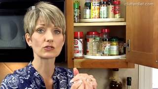 How to Store Spices Clutter Video Tip