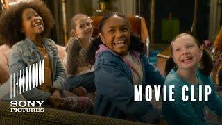 Annie (2014) Movie Clip #1: Friendly Inspector