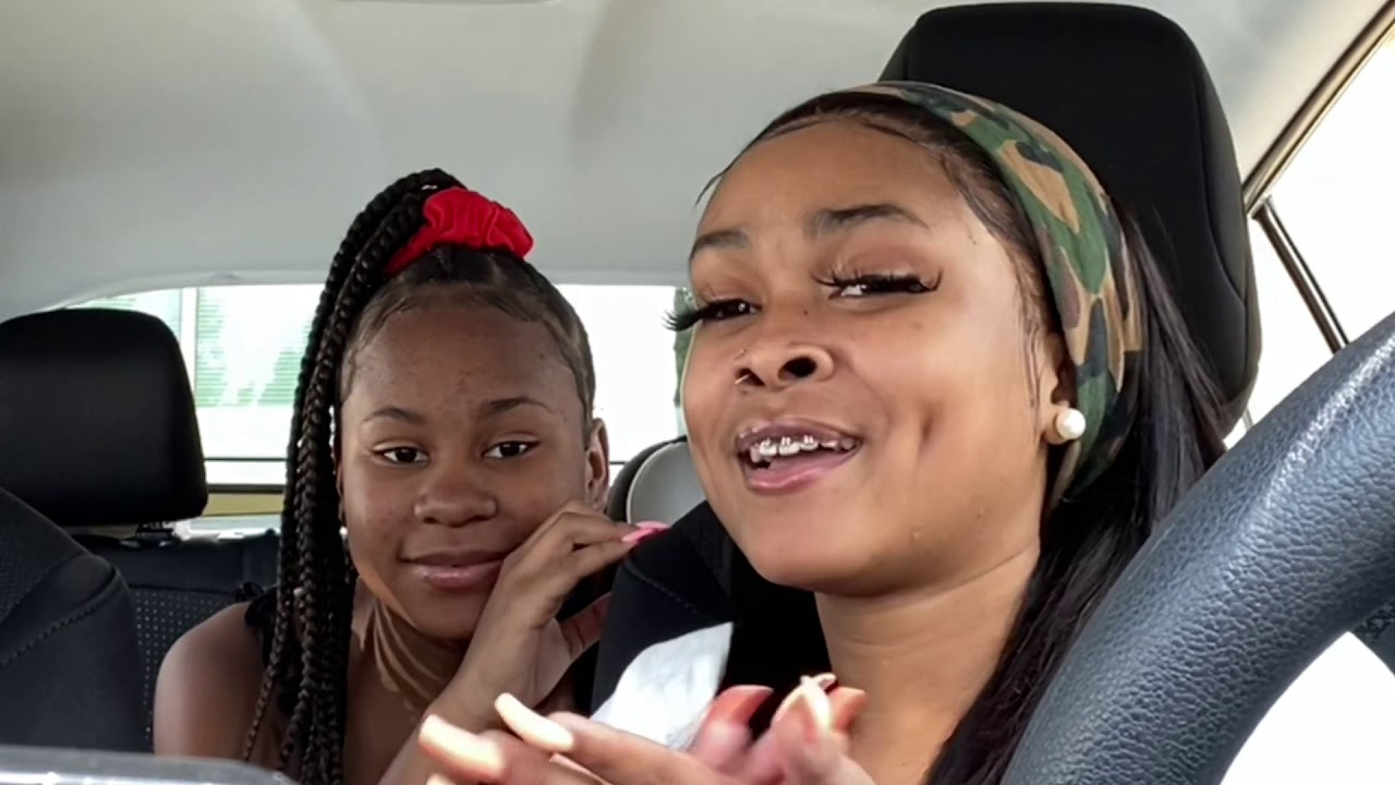 SMACKS OR FACTS  with my little sisters..♥️ bare hands edition 😱