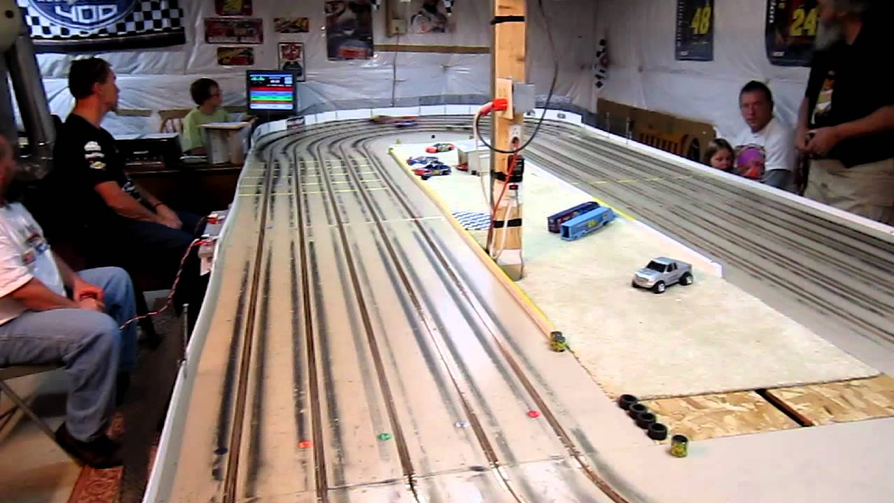 1 24th Scale Slot Car Oval Racing Hard Body Style At Hammer N