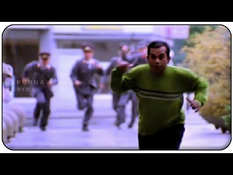Police Chases Brahmanandam Comedy Scene || Manmadhudu Movie