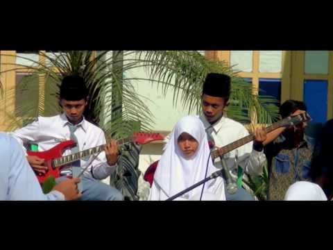 Bintang di Surga by Soulkestra Cover (Cipt Ariel peterpan) HD 720p25