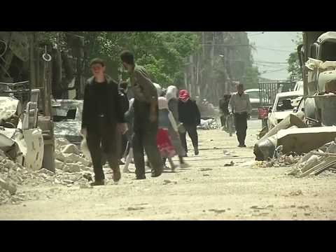 Chemical weapons experts enter Syrian attack town