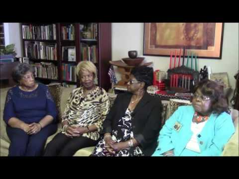 Edna Noble, Helen Thomas, Betty Brewster and Joyce Smith discuss the history of the Social Lites