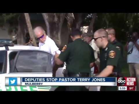 Pastor Terry Jones arrested with thousands of kerosene soaked Qurans  Duputies stop Pastor Jones