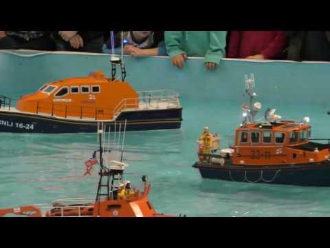 MODEL WORLD  Lifeboats