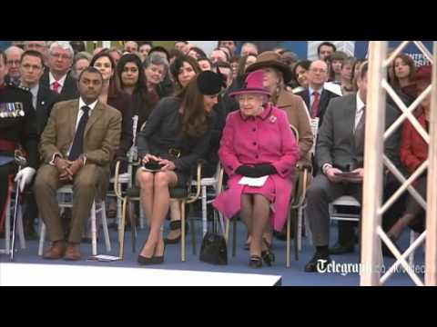 The Queen and Duchess arrive in Leicester
