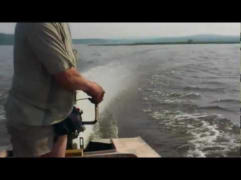 Лодка болотоход. Мотор