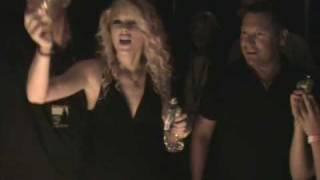 Taylor Swift & Jack Ingram sing Happy Birthday to US99.5