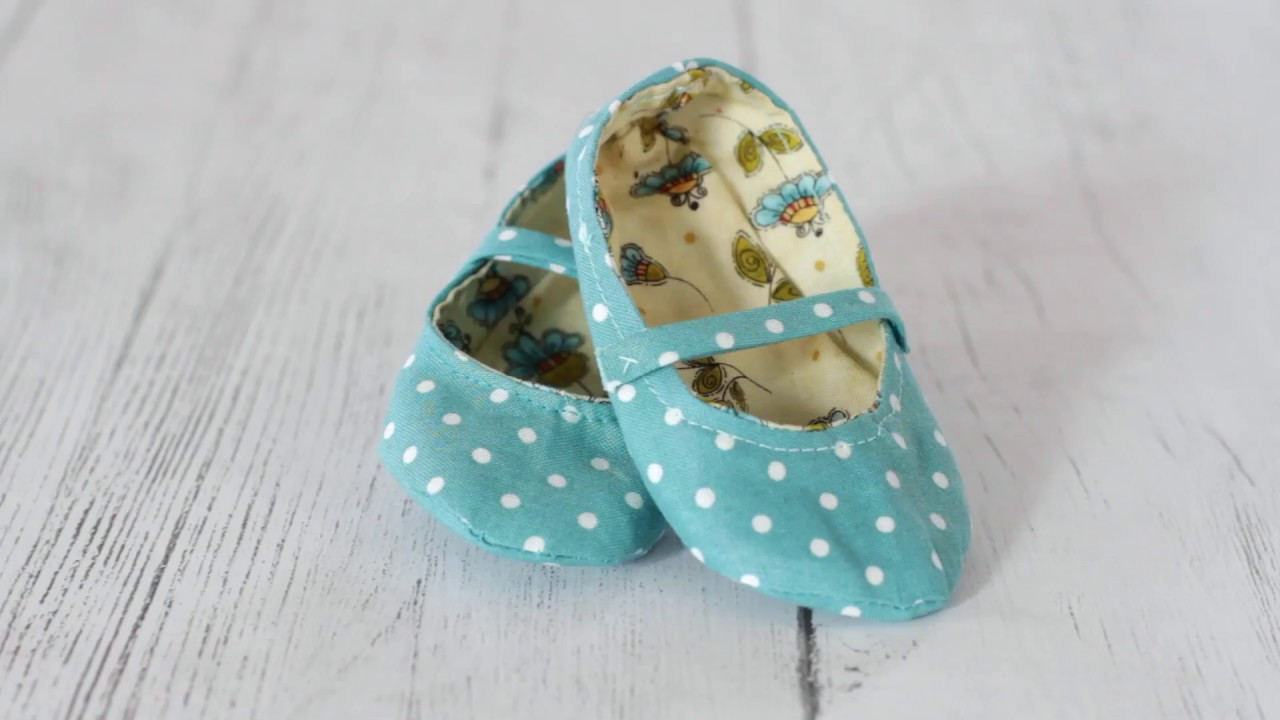 c91b88a44cf4 DIY Handmade Fabric Baby Shoes - YouTube