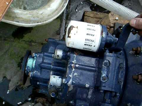 Mercedes benz om636 marine diesel engine 42hp running for Mercedes benz diesel engines for sale