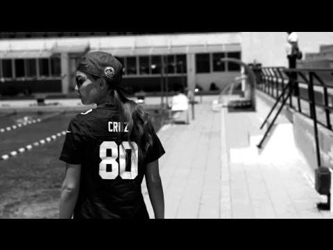 Κατερίνα Στικούδη- Η Γεύση της ζωής μου / Geusi tis zois mou (official video)