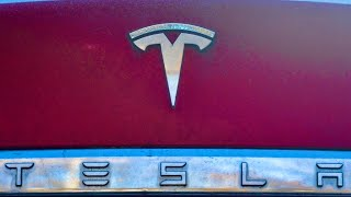 Tesla upgraded after strong Q1 delivery number, Analyst says: $1000 price target..bull case $1200