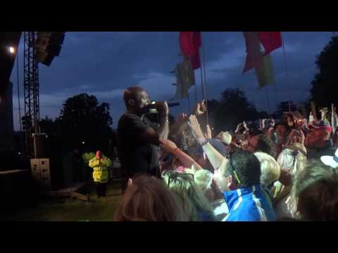 Seal Life on the Dancefloor Cornbury Music Festival 2016