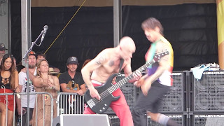 Red Hot Chili Peppers - Californication (Jazz Fest 04.24.16) HD