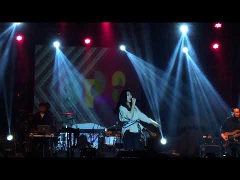 Heaven - Isyana Sarasvati LIVE at Jenderal Soedirman University!