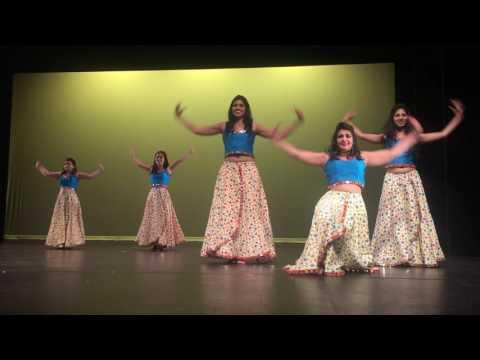 tukur tukur group dance