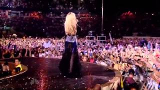Beyoncé performs 'Halo' live at Chime for Change concert HD 1080p)[3]