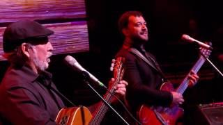 Lucas Sugo & Larbanois-Carrero - Cuando cante el gallo azul (DVD Vida Mía)