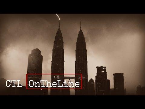 Lightning Strikes Petronas KLCC Twin Towers