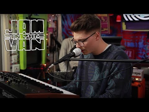 "KEVIN GARRETT - ""Coloring"" (Live at JITV HQ in Los Angeles, CA 2015) #JAMINTHEVAN"