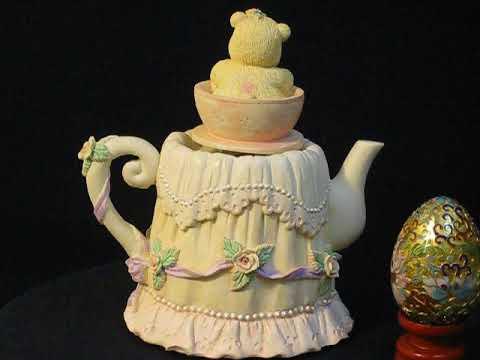 Teddy bear (baby and teapot) music box series